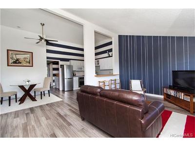 Mililani Condo/Townhouse For Sale: 95-154 Kuahelani Avenue #250