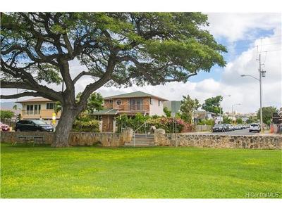Honolulu Single Family Home For Sale: 3568 Leahi Avenue
