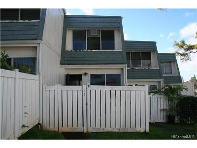 Aiea Condo/Townhouse For Sale: 98-715 Kaonohi Street #D
