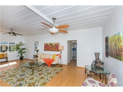 Pearl City Single Family Home For Sale: 98-107 Kaluamoi Place