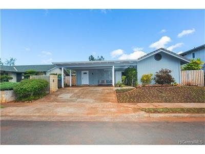 Mililani Single Family Home For Sale: 95-111 Kawau Street