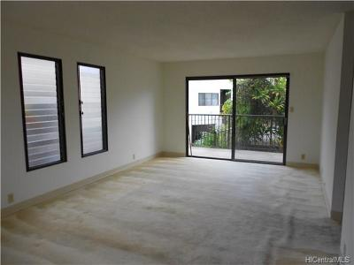 Aiea Condo/Townhouse In Escrow Showing: 98-400 Kaonohi Street #1 6/442