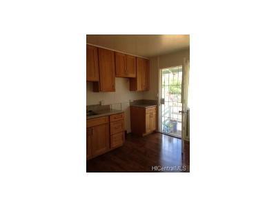 Waipahu Single Family Home In Escrow Showing: 94-1280 Huakai Street