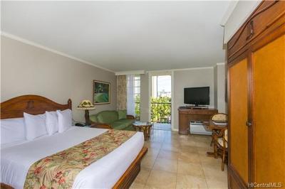 Honolulu Condo/Townhouse For Sale: 2045 Kalakaua Avenue #520