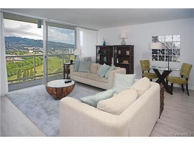 Honolulu Condo/Townhouse For Sale: 2233 Ala Wai Boulevard #18B