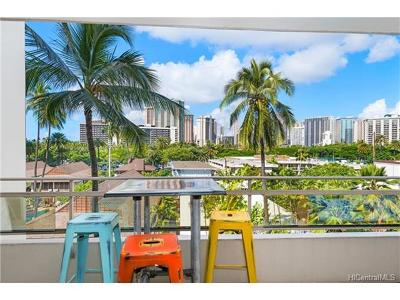 Honolulu Condo/Townhouse For Sale: 255 Beach Walk #55