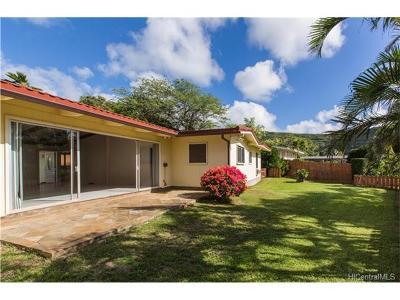 Honolulu Single Family Home For Sale: 5833 Haleola Street