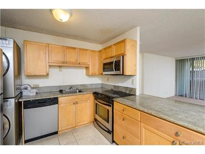 Mililani Condo/Townhouse In Escrow Showing: 95-2047 Waikalani Place #D202