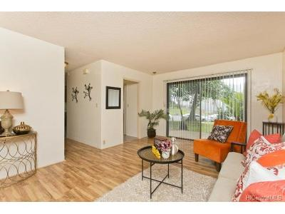 Aiea Condo/Townhouse For Sale: 98-300 Kaonohi Street #1-304