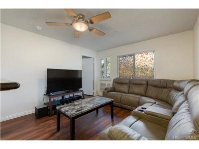 Mililani Condo/Townhouse For Sale: 95-510 Wikao Street #A101