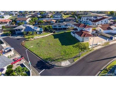 Honolulu County Residential Lots & Land In Escrow Showing