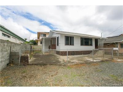 Honolulu Single Family Home For Sale: 1508 Sing Loy Lane #B