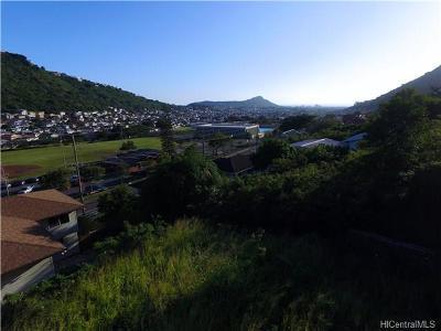 Honolulu Residential Lots & Land In Escrow Showing: 2062 Palolo Avenue