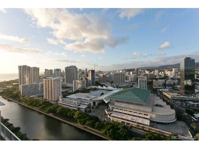 Honolulu Condo/Townhouse For Sale: 1717 Ala Wai Boulevard #PHII1