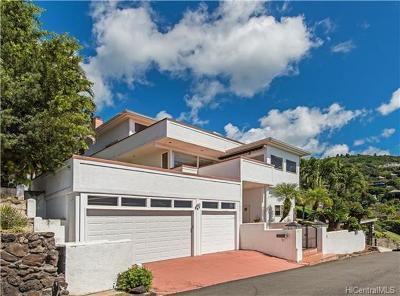 Honolulu Single Family Home For Sale: 2117 Keeaumoku Street