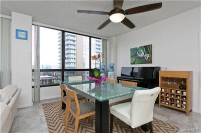 Condo/Townhouse In Escrow Showing: 876 Curtis Street #3306