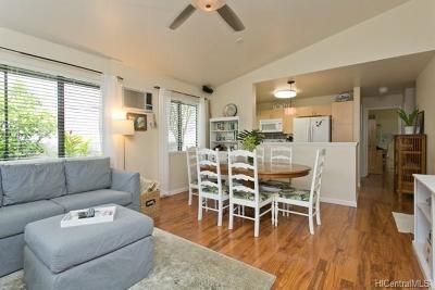 Mililani Single Family Home In Escrow Showing: 95-974 Keehau Street #17
