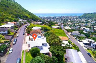 Honolulu County Single Family Home In Escrow Showing: 920 Leighton Street