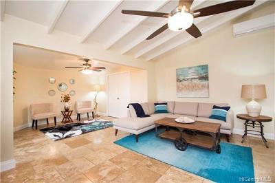 Kailua Single Family Home For Sale: 434 Maluniu Avenue #B