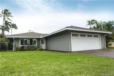 Kailua Single Family Home For Sale: 1127 Lauloa Street