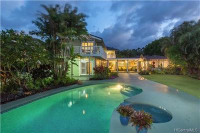 Kailua Single Family Home For Sale: 925 Mokulua Drive