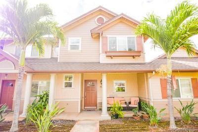 Honolulu County Condo/Townhouse For Sale: 91-2111 Kaioli Street #2404