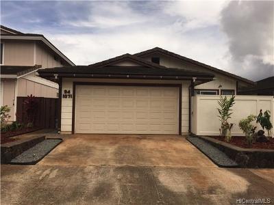 Waipahu Single Family Home For Sale: 94-1071 Puana Street