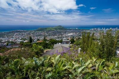 Honolulu Single Family Home For Sale: 4905 Mana Place