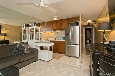 Honolulu HI Condo/Townhouse For Sale: $70,000