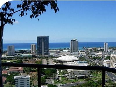 Honolulu Condo/Townhouse For Sale: 1221 Victoria Street #3203