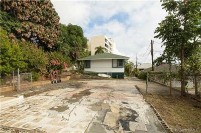 Honolulu Residential Lots & Land In Escrow Showing: 1044 Green Street #C