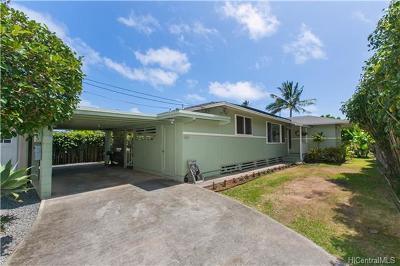 Honolulu County Single Family Home For Sale: 324d Olomana Street