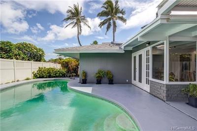 Honolulu County Single Family Home For Sale: 203 Aiokoa Street