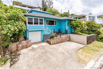 Honolulu Single Family Home For Sale: 1553 St Louis Drive
