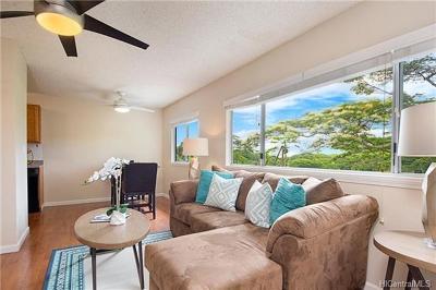 Kailua Single Family Home In Escrow Showing: 157 Kahako Street #B