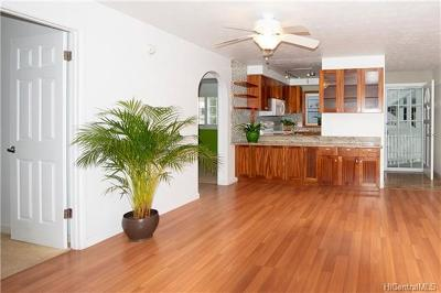 Kailua Condo/Townhouse For Sale: 355 Aoloa Street #F204