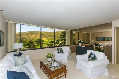 Honolulu County Condo/Townhouse For Sale: 555 Hahaione Street #4B