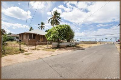 Honolulu County Single Family Home For Sale: 87-113 Hila Street