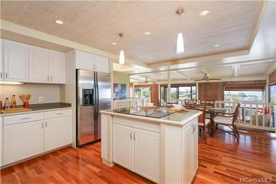 Single Family Home For Sale: 1960 St Louis Drive