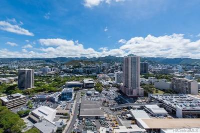 Honolulu HI Condo/Townhouse For Sale: $719,000