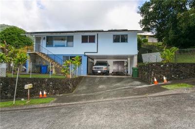 Honolulu Single Family Home For Sale: 3016 Ukiuki Place