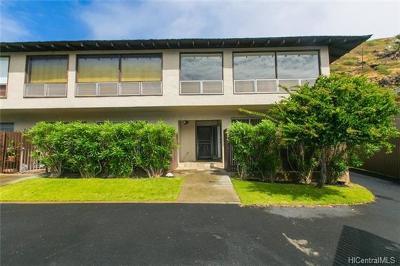 Honolulu County Condo/Townhouse For Sale: 6208 Keokea Place #A104