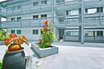 Condo/Townhouse In Escrow Showing: 46-271 Kahuhipa Street #E109