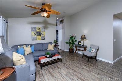 Mililani Single Family Home In Escrow Showing: 95-1036 Haulelau Street