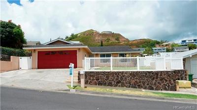 Kailua Single Family Home For Sale: 1332 Onioni Street