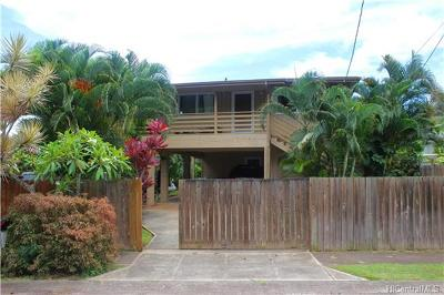 Haleiwa Single Family Home In Escrow Showing: 58-132 Wehiwa Place #A