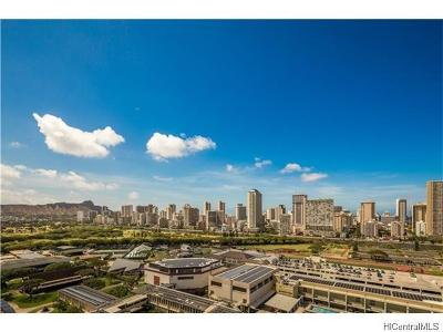 Honolulu County Condo/Townhouse For Sale: 581 Kamoku Street #2004