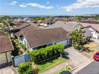 Waipahu Single Family Home For Sale: 94-1053 Upai Place
