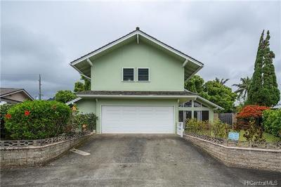 Kaneohe Single Family Home In Escrow Showing: 46-332 Ikiiki Street
