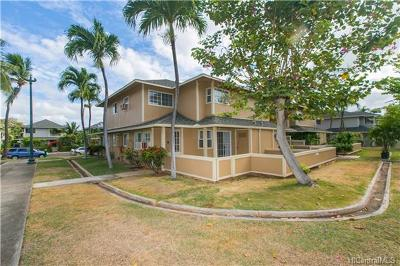 Condo/Townhouse In Escrow Showing: 91-1030d Makaaloa Street #8D
